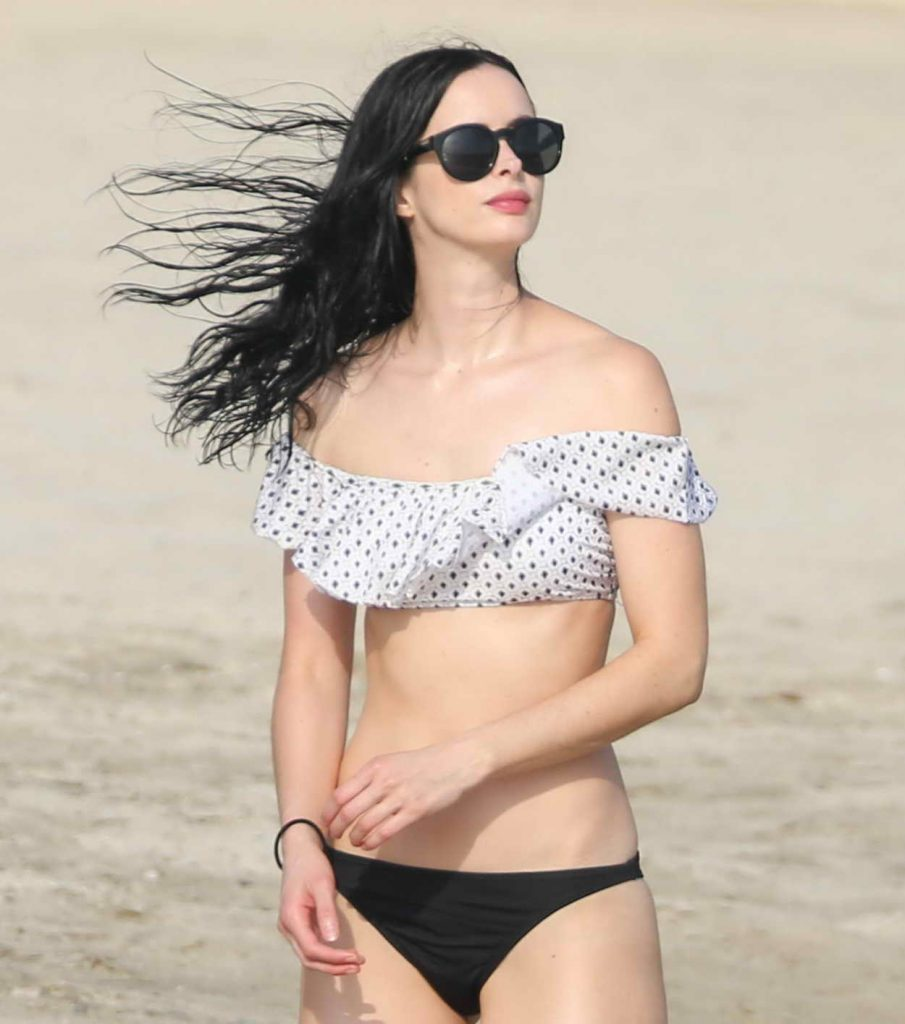 Krysten Ritter Wearing a Bikini at the Beach in Mexico 05/08/2016-1