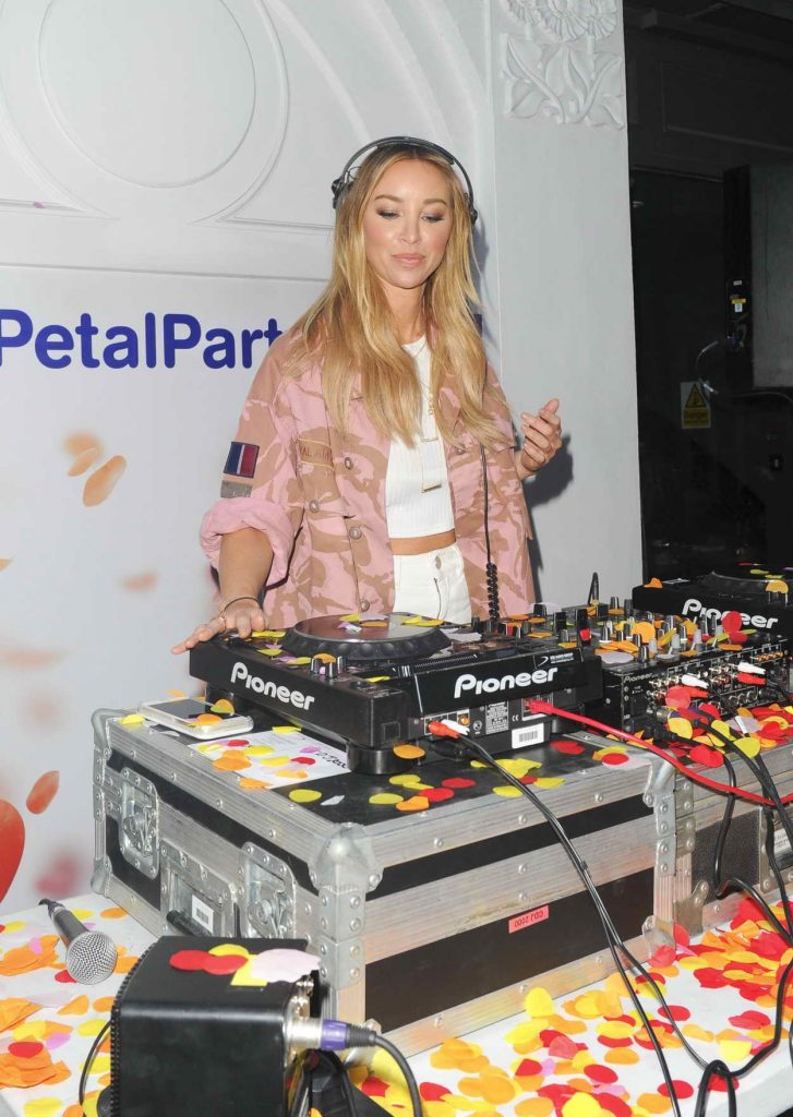 Lauren Pope Deejaying at The Boots UK Petal Party in London 05/04/2016-2