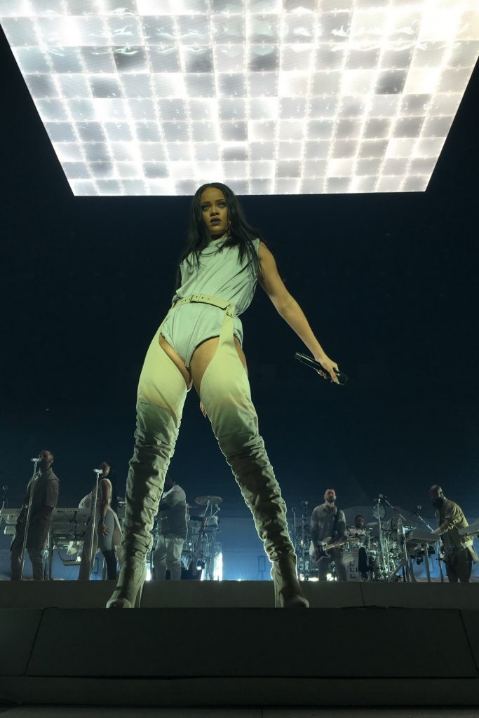 Rihanna Performs During 2016 Anti World Tour at Viejas Arena in San Diego 05/09/2016-1