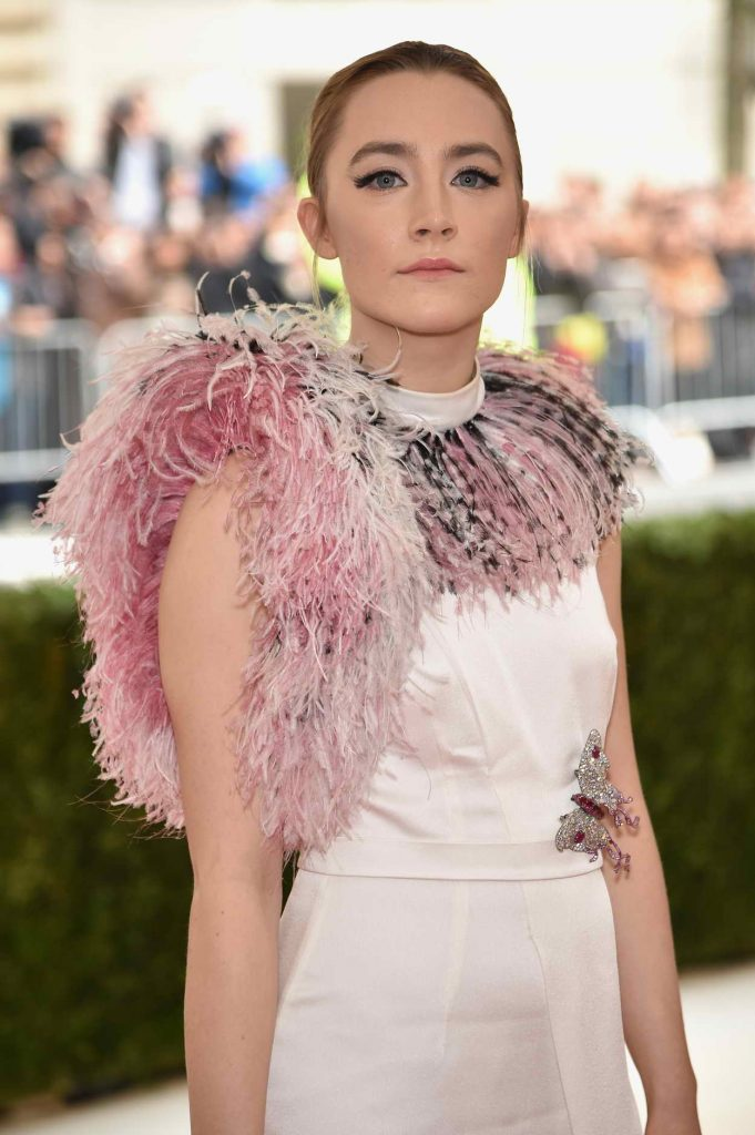 Saoirse Ronan at the Costume Institute Gala in New York 05/02/2016-4