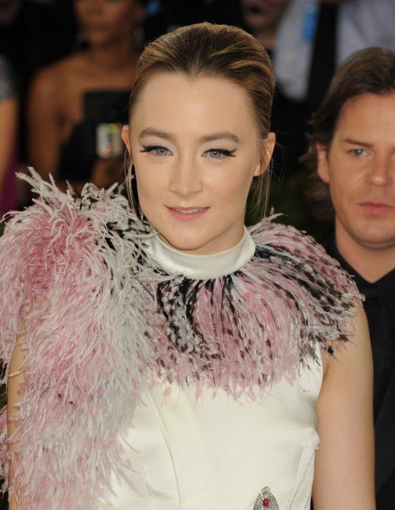 Saoirse Ronan at the Costume Institute Gala in New York 05/02/2016-5