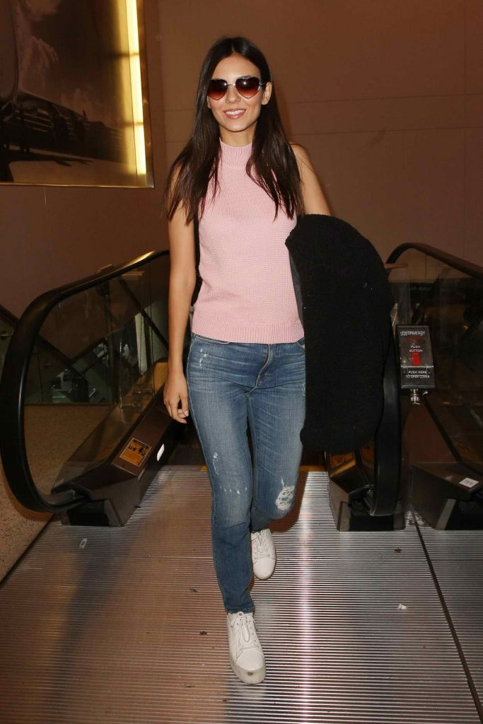 Victoria Justice at LAX Airport in Los Angeles 05/26/2016-1