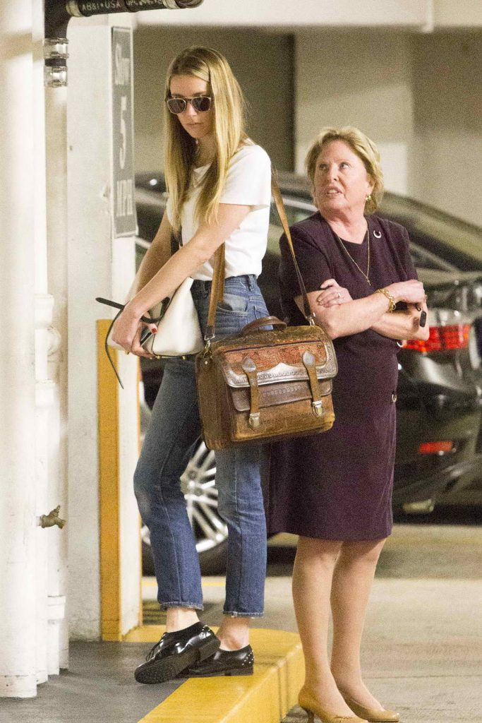 Amber Heard Visits the Law Offices of Gloria Allred in Los Angeles 06/03/2016-2