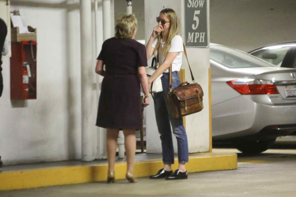 Amber Heard Visits the Law Offices of Gloria Allred in Los Angeles 06/03/2016-4