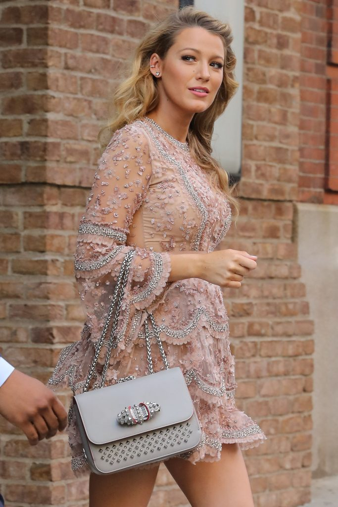 Blake Lively Leaves Her Hotel in New York City 06/20/2016-2