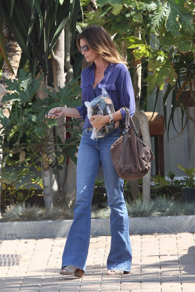 Cindy Crawford Visits Cafe Havana in Malibu 06/28/2016-3