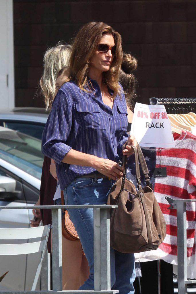 Cindy Crawford Visits Cafe Havana in Malibu 06/28/2016-4