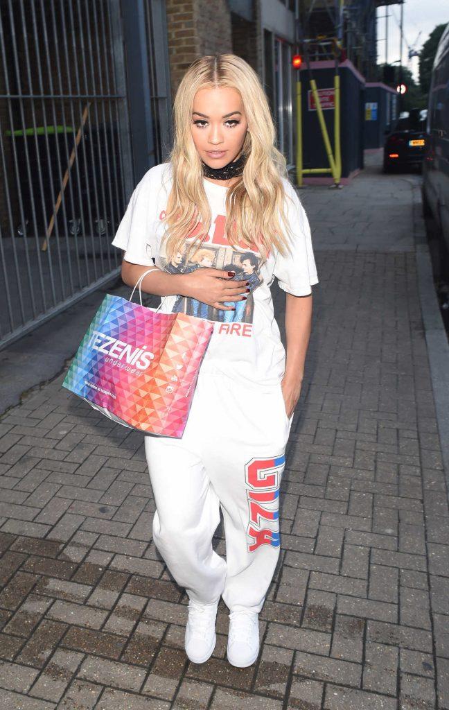Rita Ora Leaves a Recording Studio in London 06/29/2016-4