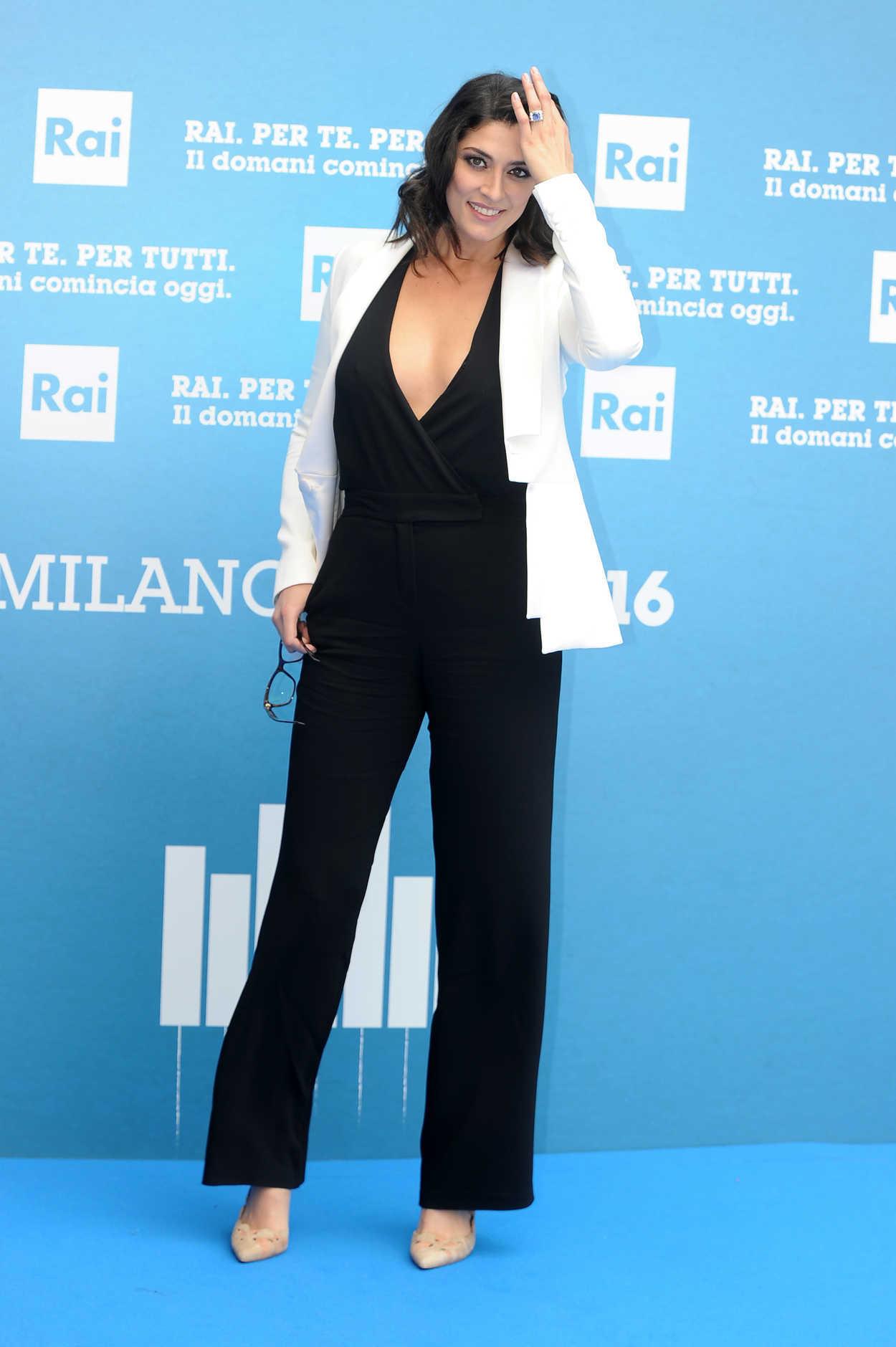 Elisa Isoardi Presents...