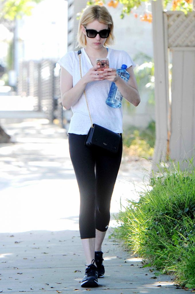 Emma Roberts Was Seen Out in Los Angeles 06/16/2016-1