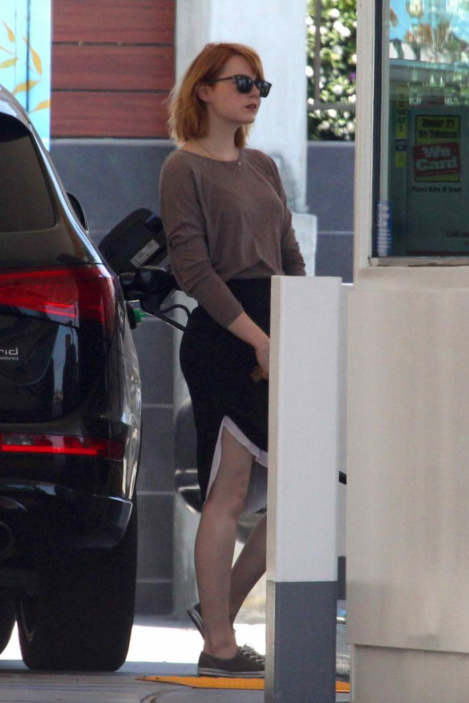Emma Stone Was Spotted Out in Malibu 06/20/2016-2