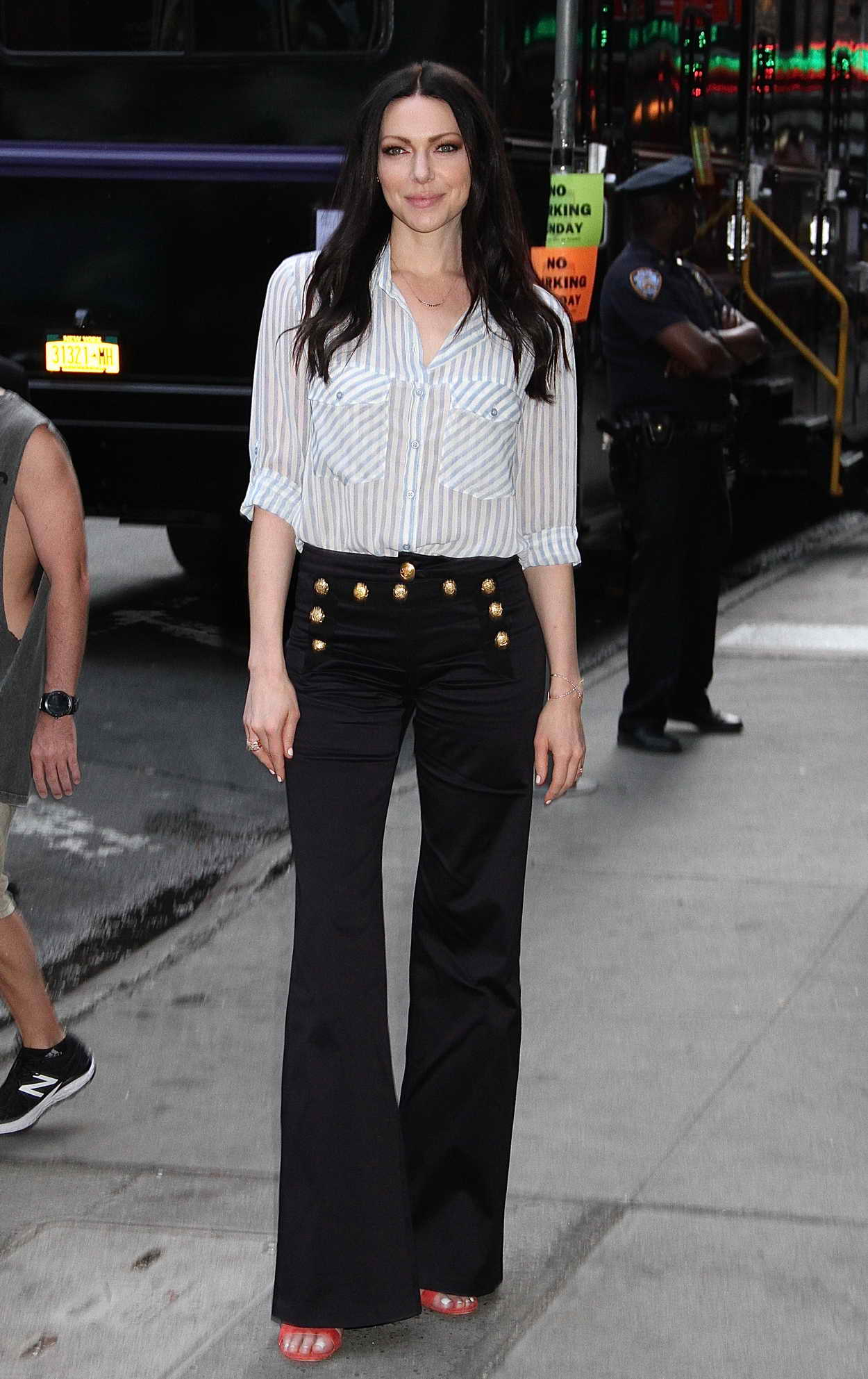 Good Morning America Los Angeles : Laura prepon visits good morning america in new york city