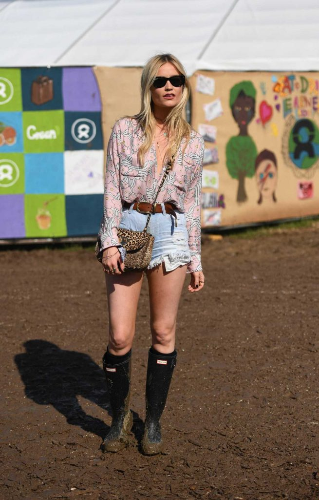Laura Whitmore Visits the 2016 Glastonbury Festival in England 06/24/2016-2