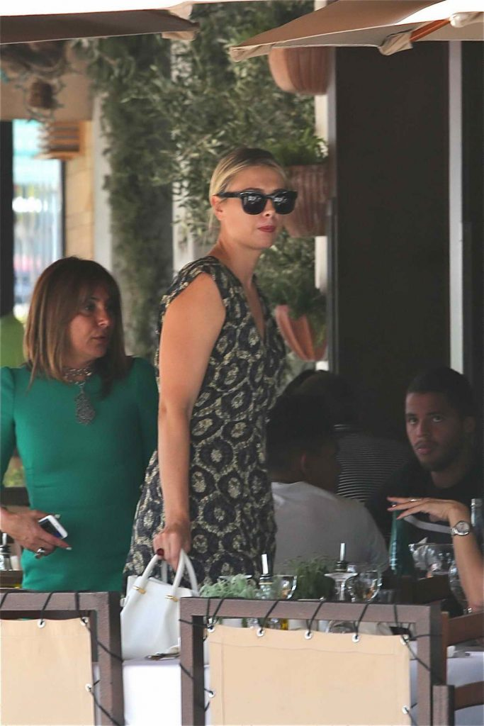Maria Sharapova Was Spotted Out in Beverly Hills 06/21/2016-3