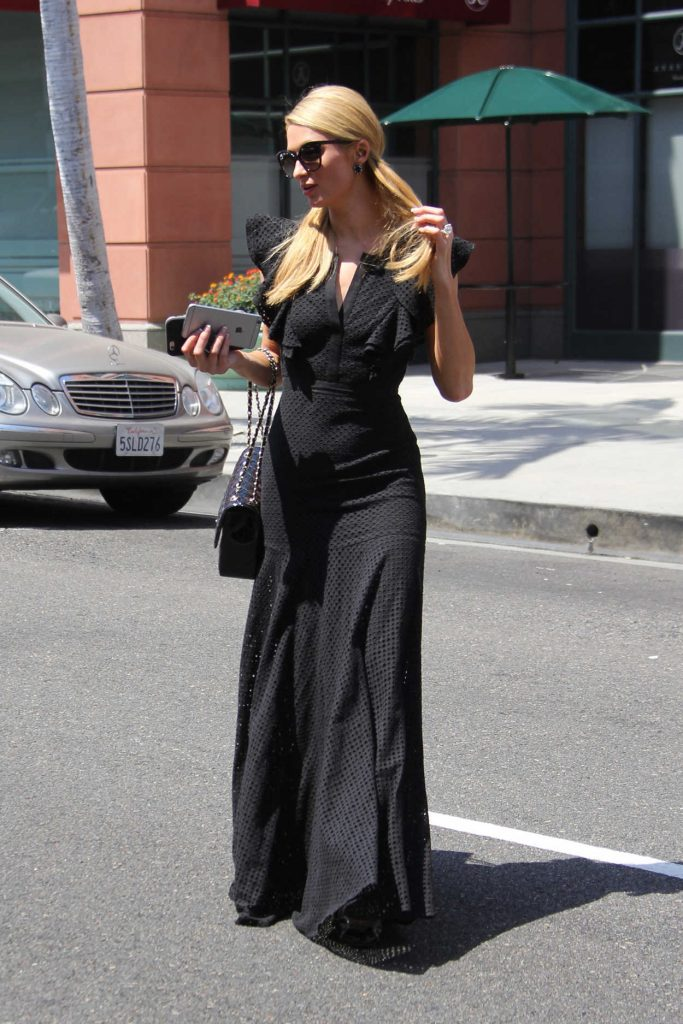 Paris Hilton Was Seen Out in Beverly Hills 06/27/2016-2