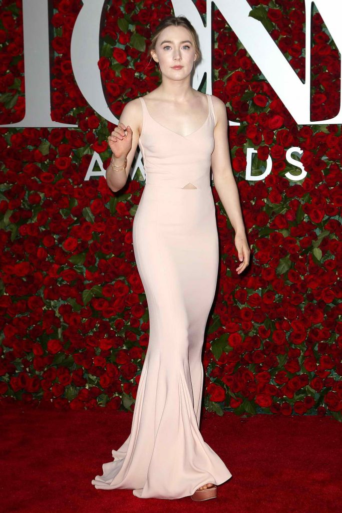 Saoirse Ronan at 2016 Tony Awards in New York 06/12/2016-2