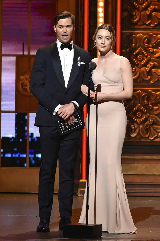 Saoirse Ronan at 2016 Tony Awards in New York 06/12/2016-4