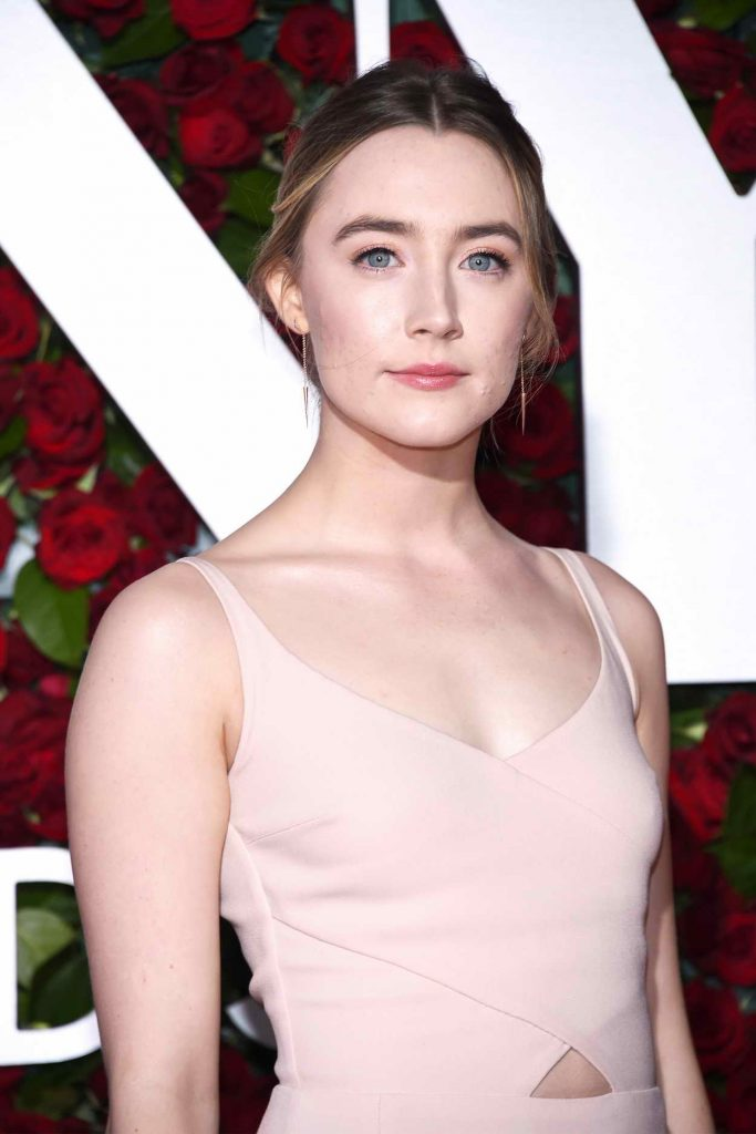 Saoirse Ronan at 2016 Tony Awards in New York 06/12/2016-5