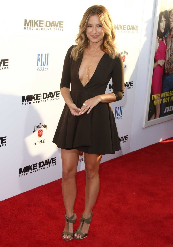 Sugar Lyn Beard at the Mike and Dave Need Wedding Dates Premiere in LA 06/29/2016-4