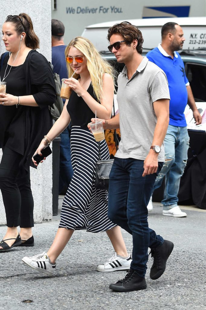 Dakota Fanning Was Seen Out in Manhattan, New York 07/29/2016-2