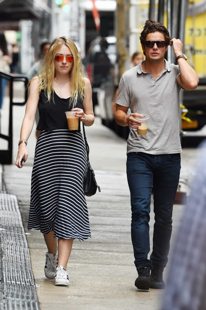 Dakota Fanning Was Seen Out in Manhattan, New York 07/29/2016-3