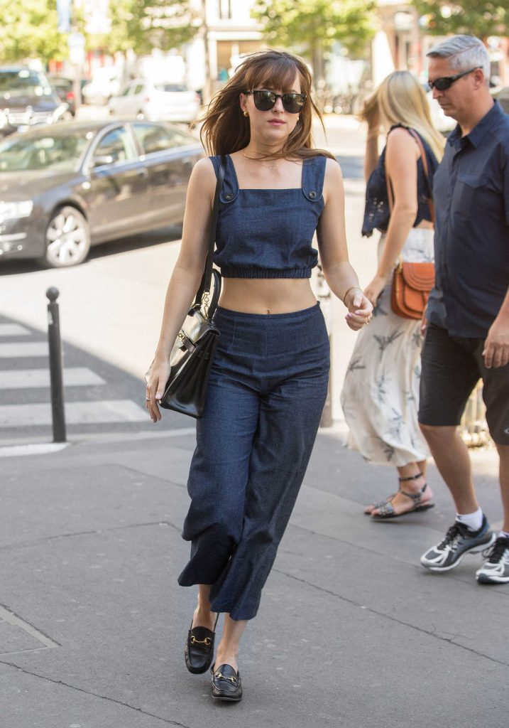 Dakota Johnson Was Spotted Out in Paris 07/19/2016-1