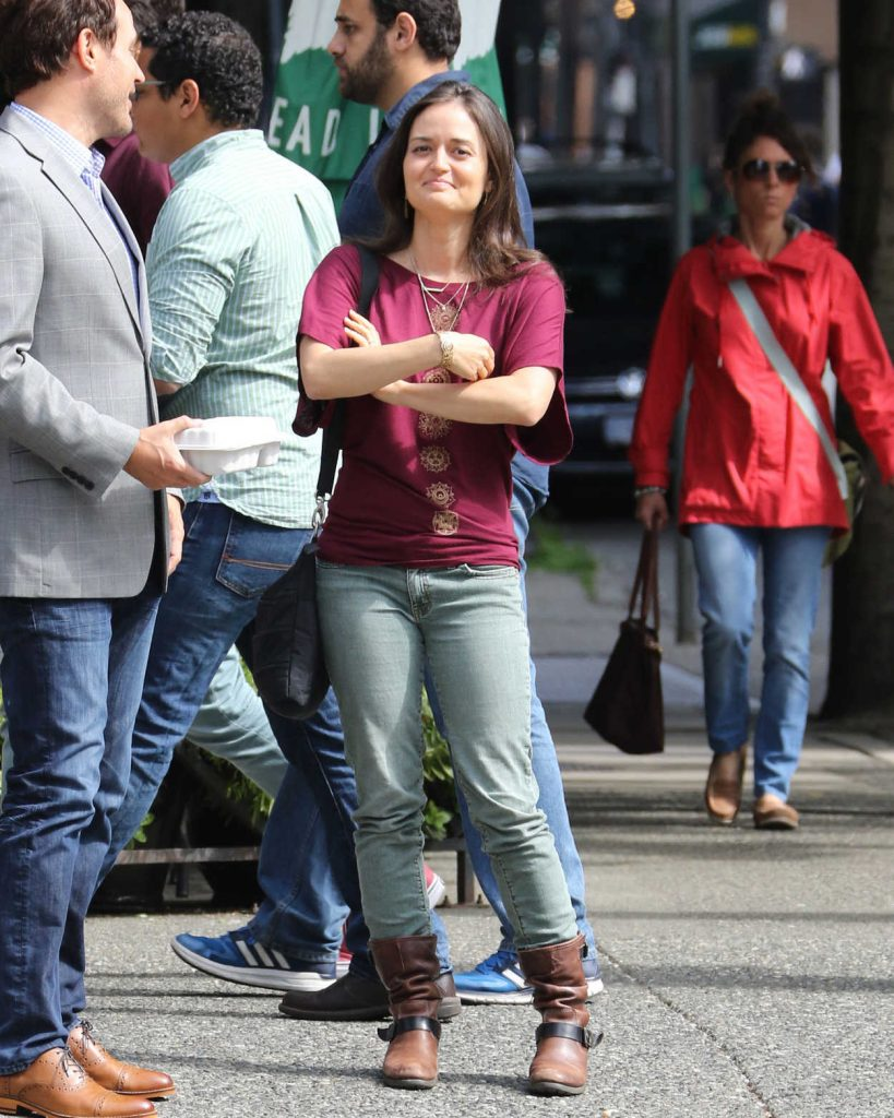 Danica McKellar Was Seen Out in Vancouver 07/17/2016-3