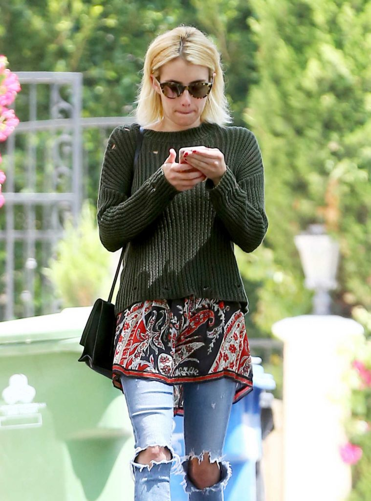 Emma Roberts Was Seen Out in Beverly Hills 07/06/2016-1
