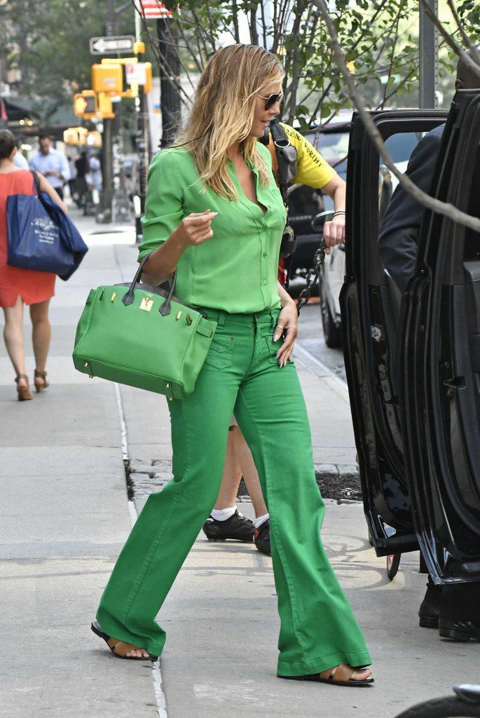 Heidi Klum Leaves Her Hotel in New York City 07/25/2016-5