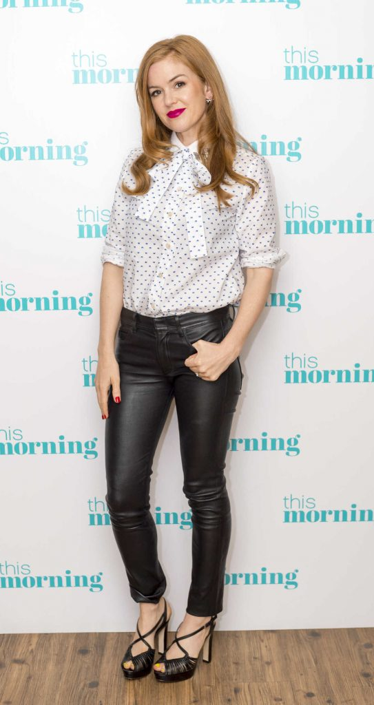 Isla Fisher Appears on This Morning in London 07/29/2016-1