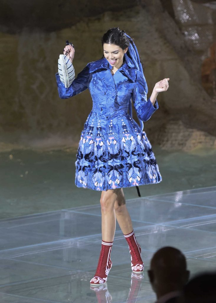 Kendall Jenner at the Rehearsing in the Trevi Fountain for the Fendi Fashion Show in Rome 07/06/2016-1