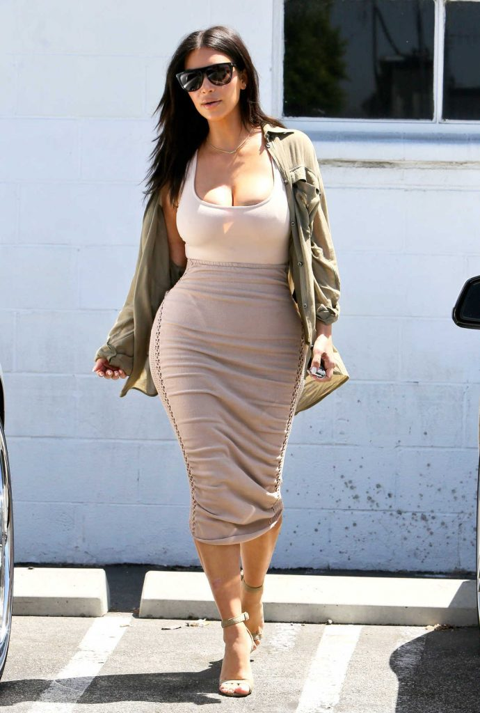 Kim Kardashian Was Spotted at a Studio in Van Nuys 07/11/2016-3