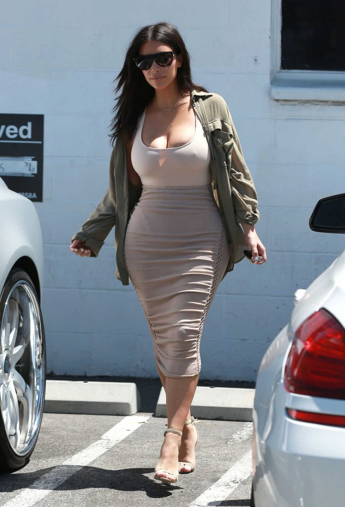 Kim Kardashian Was Spotted at a Studio in Van Nuys 07/11/2016-4