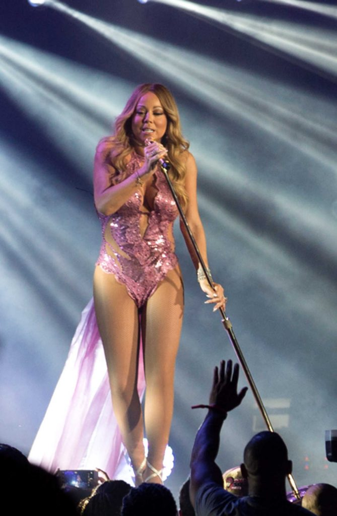 Mariah Carey Performs at Essence Festival in New Orleans 07/03/2016-1