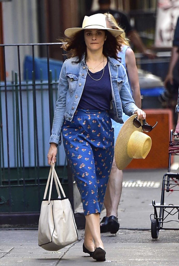 Rachel Weisz Was Seen Out in New York City 06/30/2016-1