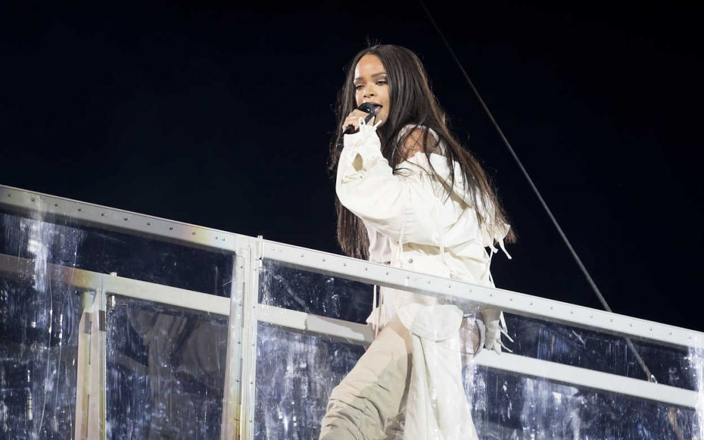 Rihanna Performs During Her Anti-World Tour in Stockholm 07/05/2016-5