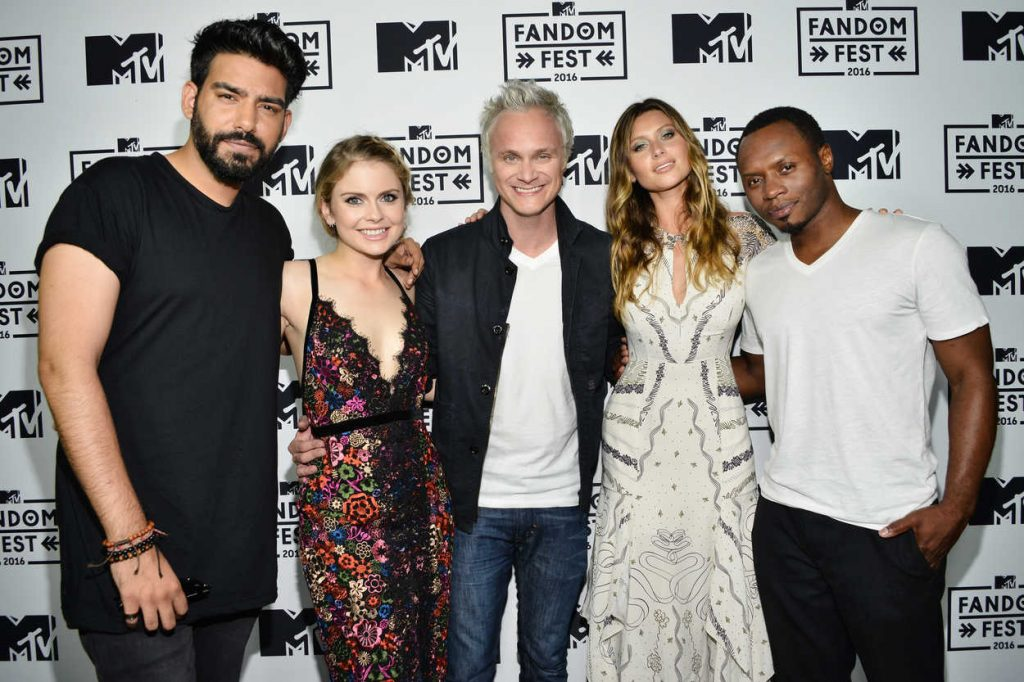Rose McIver at MTV Fandom Awards in San Diego 07/21/2016-4