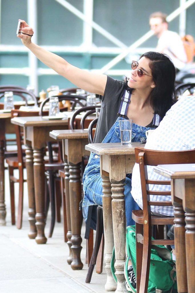 Sarah Silverman Was Seen Out in New York City 07/13/2016-5
