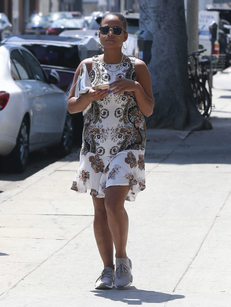 Christina Milian Was Spotted Out in Beverly Hill 08/22/2016-1