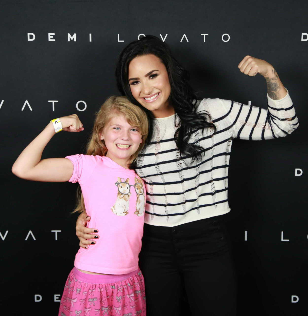 Demi Lovato At The Meet And Greet In Kansas City 08062016