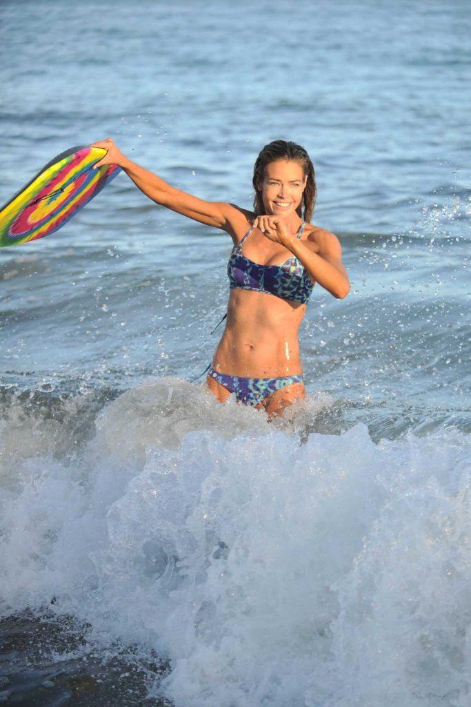 Denise Richards Wearing Bikini at the Beach in California 07/31/2016-3