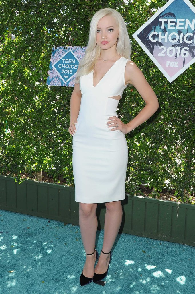 Dove Cameron at 2016 Teen Choice Awards in Inglewood 07/31/2016-2