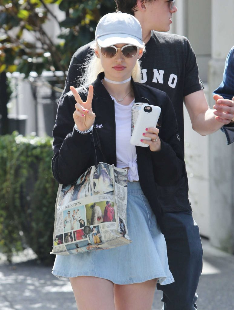Dove Cameron Was Seen Out in Vancouver 08/22/2016-1