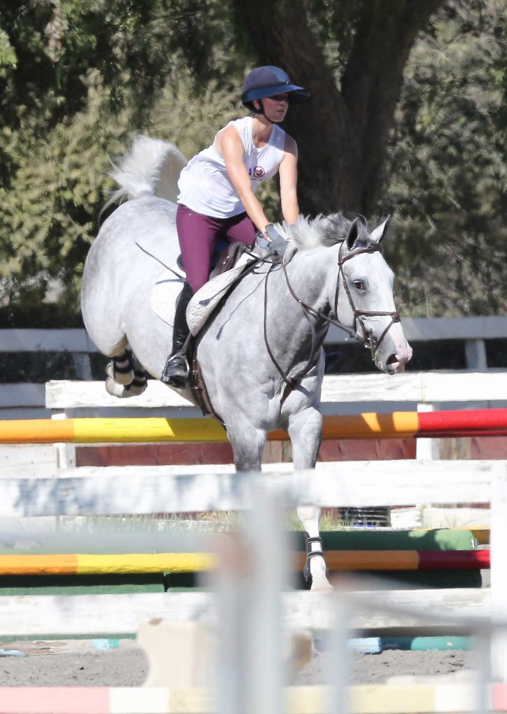 Kaley Cuoco Does a Horse Riding in Burbank 08/12/2016-2