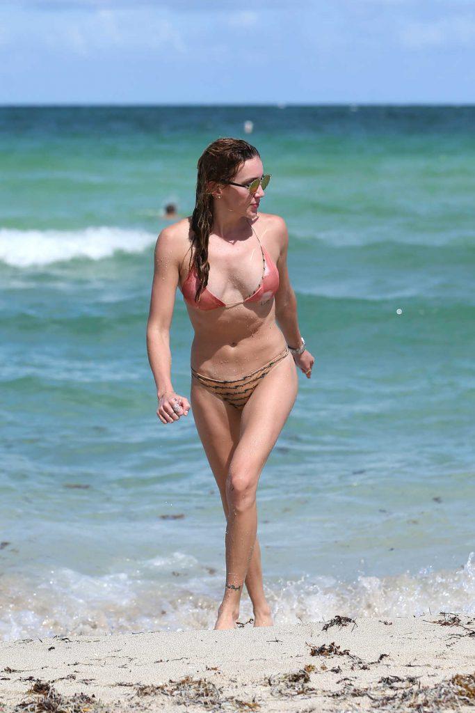 Katie Cassidy in Bikini at the Beach in Miami 08/12/2016-4