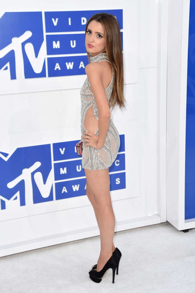 Laura Marano at 2016 MTV Video Music Awards at Madison Square Garden in New York 08/28/2016-2