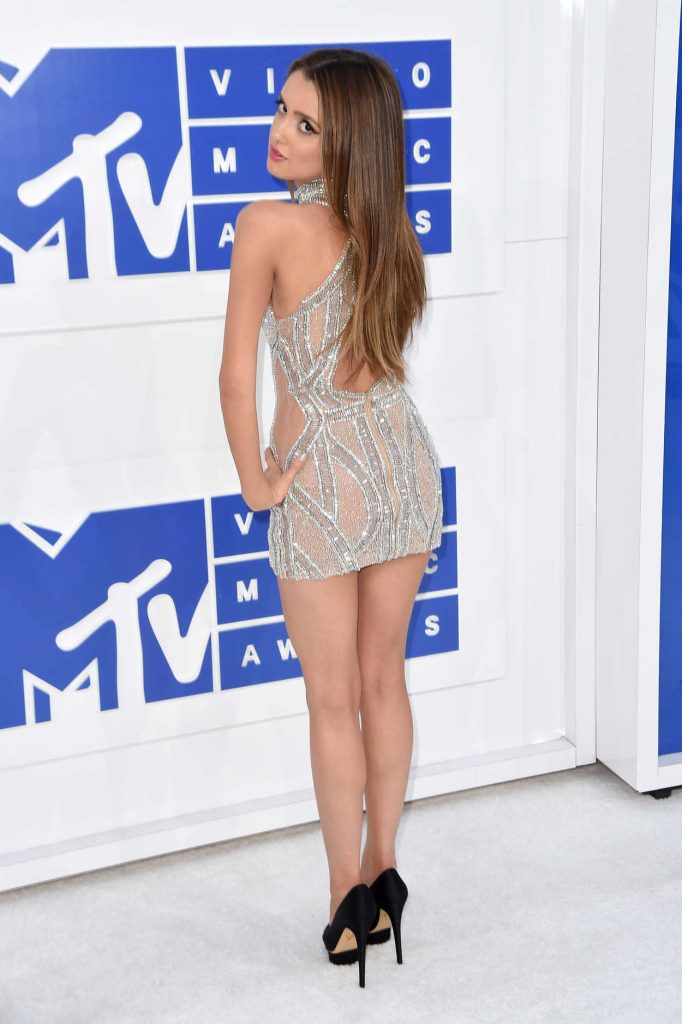 Laura Marano at 2016 MTV Video Music Awards at Madison Square Garden in New York 08/28/2016-4