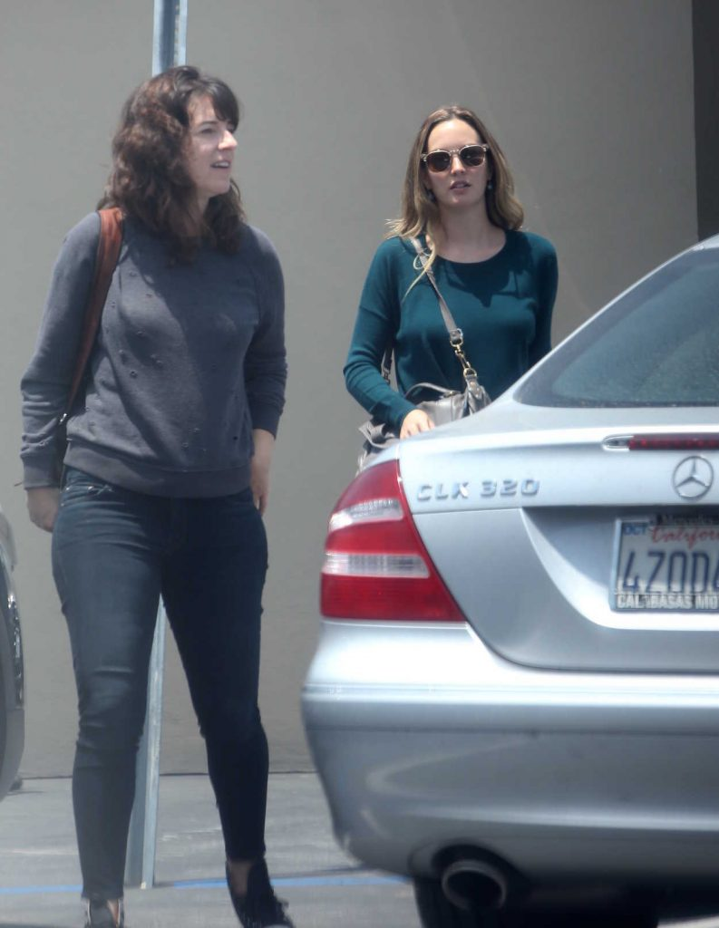 Leighton Meester Was Seen With a Female Friend Out in Los Angeles 08/07/2016-1