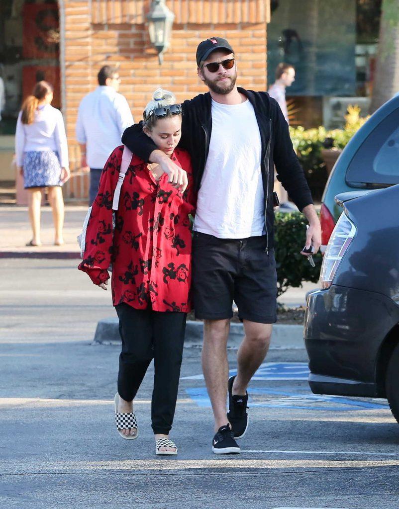 Miley Cyrus Leaves Bui Sushi in Malibu 08/19/2016-1