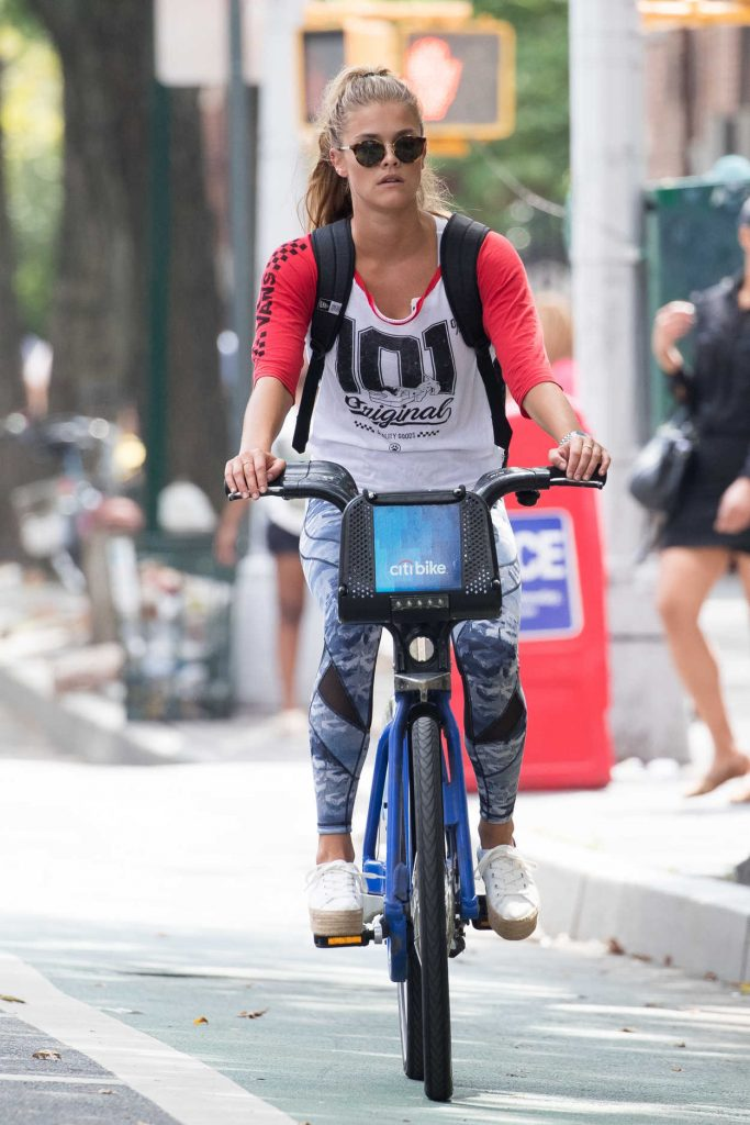 Nina Agdal Riding a Bicycle in New York City 08/21/2016-1
